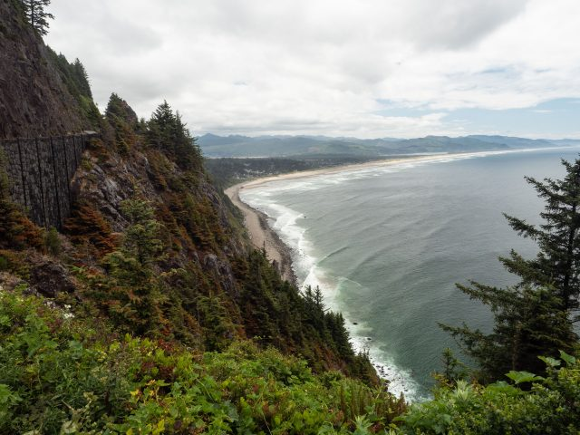Route 101 hugs the side of Neahkahnie Mountain